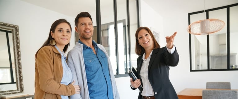 Reconversion professionnelle : le métier de mandataire immobilier